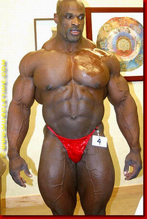 Bodybuilders (24 pics)