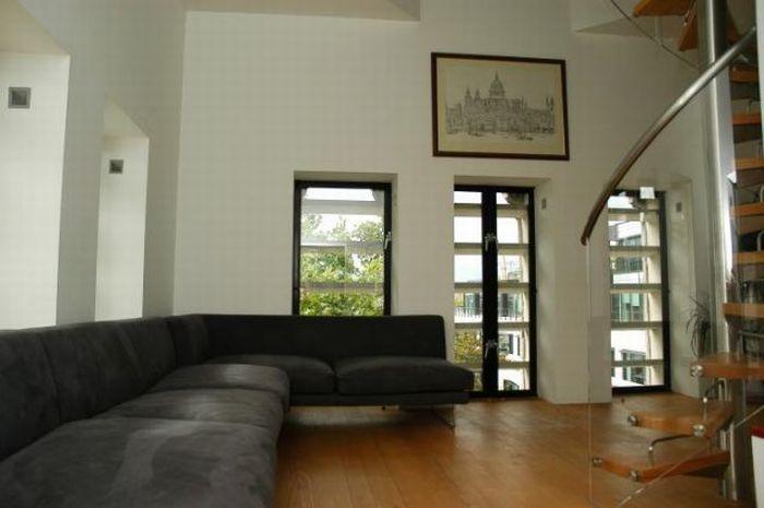 Cool Apartment (19 pics)