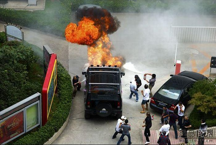 Burnt Hummer in China