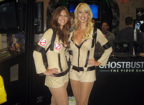 Sexy Ghostbuster Girls (16 pics)