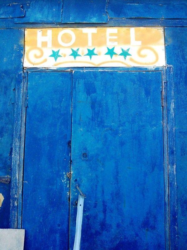 Five-Star Hotel (3 pics)