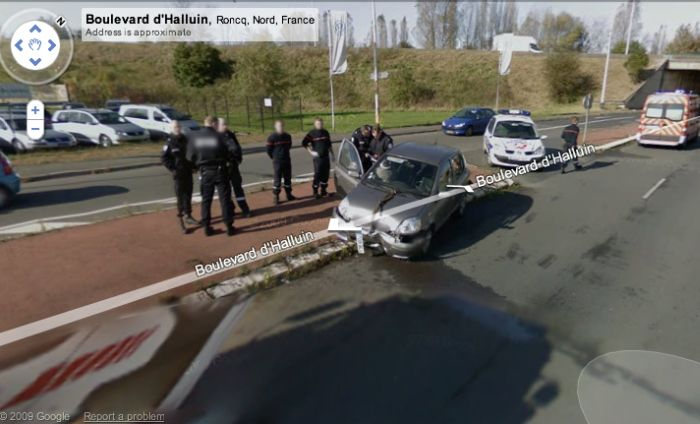 Google Streetview Accidents (10 pics)