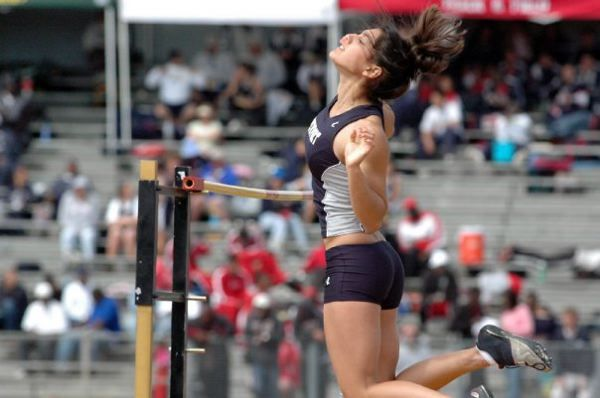 Allison Stokke - the hottest female athlete (33 pics)