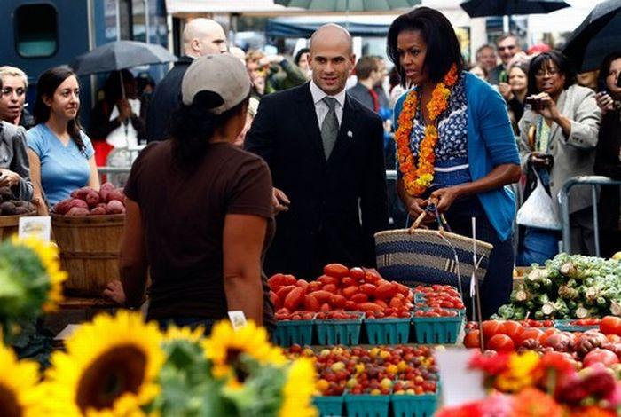 Michelle Obama Shopping (10 pics)