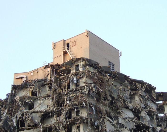 Strange demolished building (3 pics)