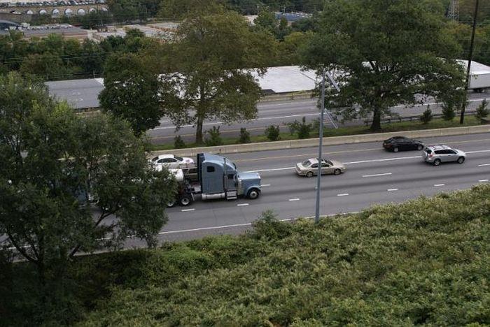 Strange lorry (5 pics)