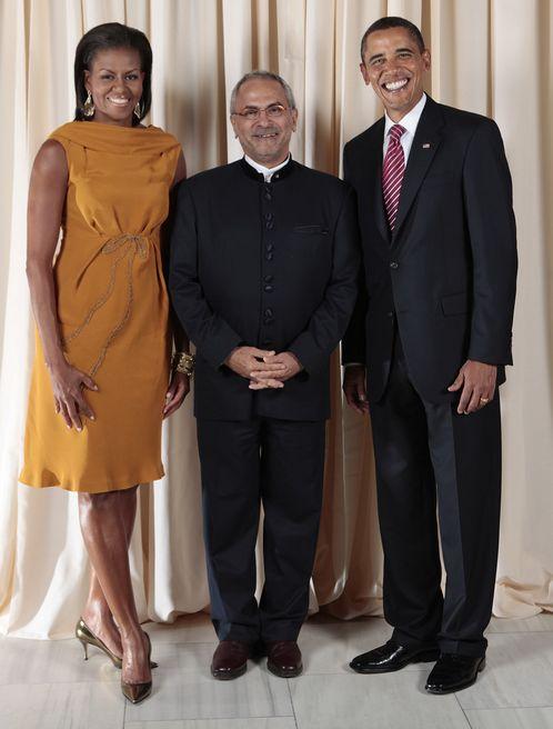 Barack Obama's Amazingly Consistent Smile (40 pics)
