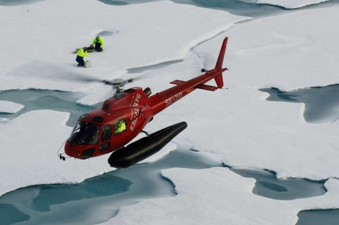 Working in Arctic (50 pics)