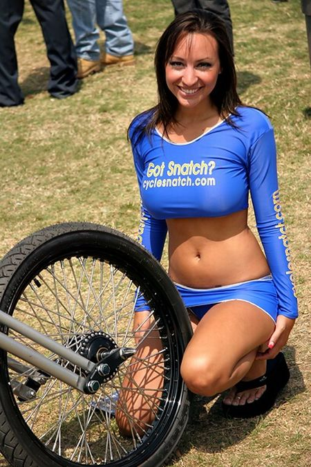 """""""Team CycleSnatch"""" Babes (61 pics)"""