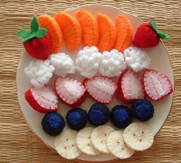 Knitted Food (17 pics)