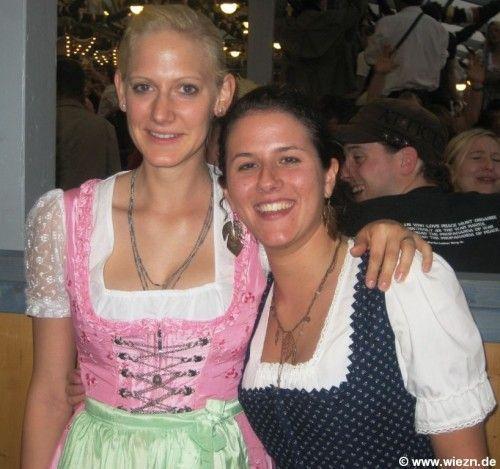 Girls of Oktoberfest (76 pics)