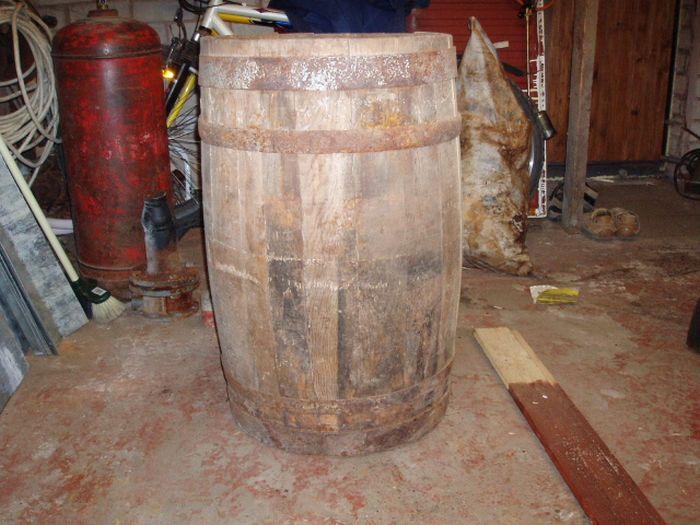 Fridge In A Barrel (11 pics)