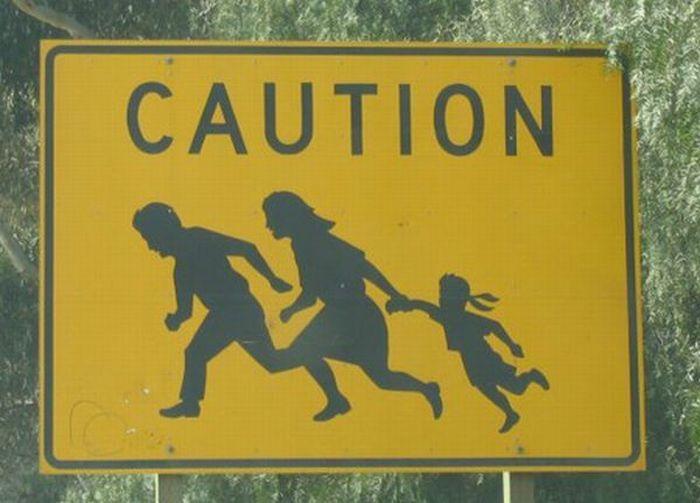 Beware Of Zombies (37 pics)