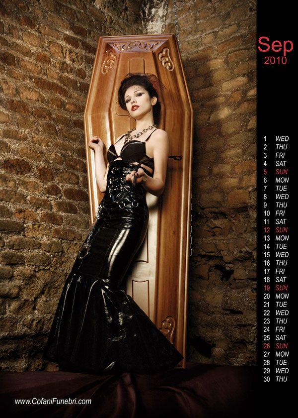 Sexy Calendar By Coffin Maker Cofanifunebri (10 pics)
