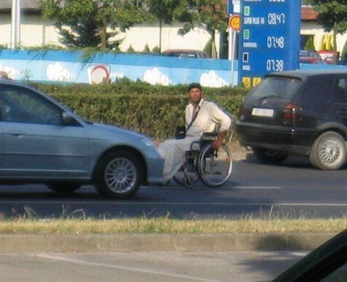Cheating Beggars (12 pics)