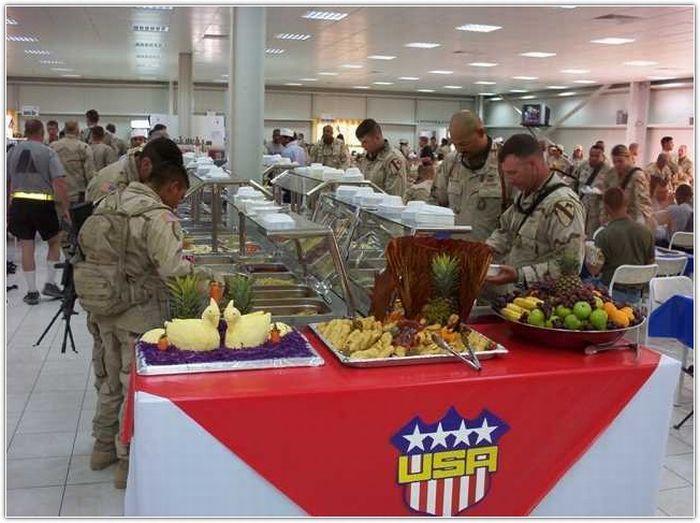 Dinner in Iraq (24 pics)