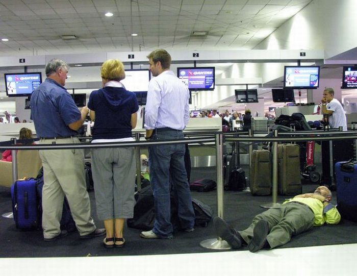 That's Why I Hate Airports (35 pics)