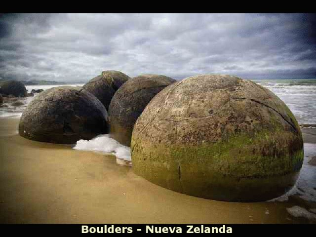 Unusual Rocks Around The World (36 pics)