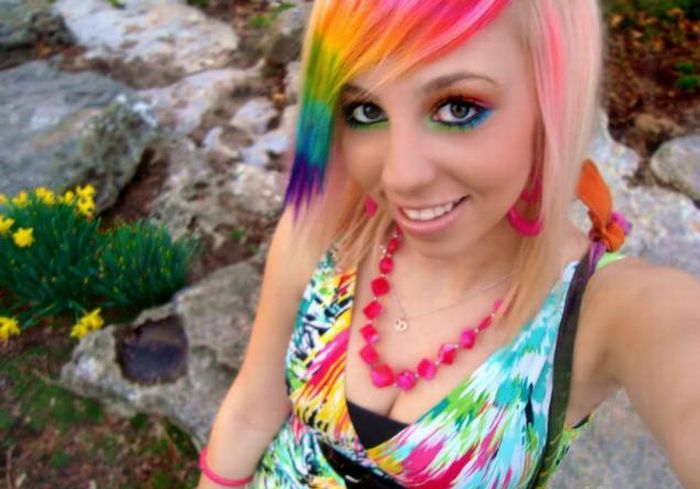 I just love this girls rainbow hair color and her awesome colorful emo