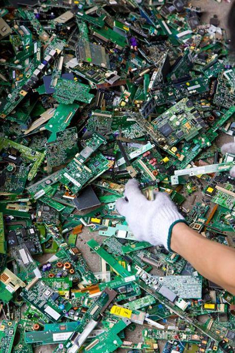 E-Waste in Guiyu (15 pics)