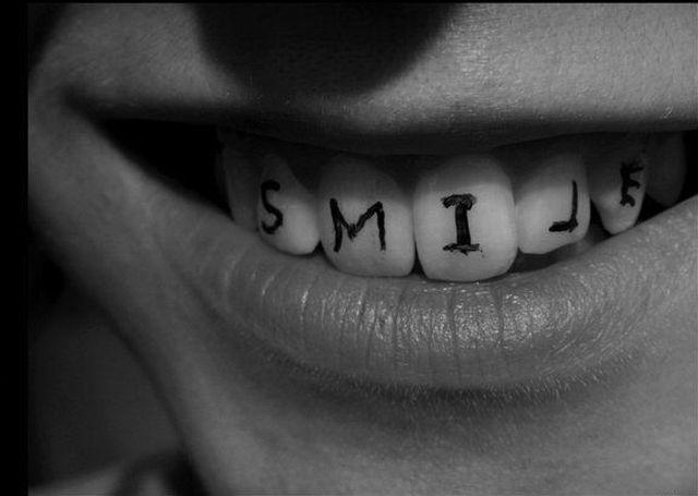 Sunny Smile (58 pics)