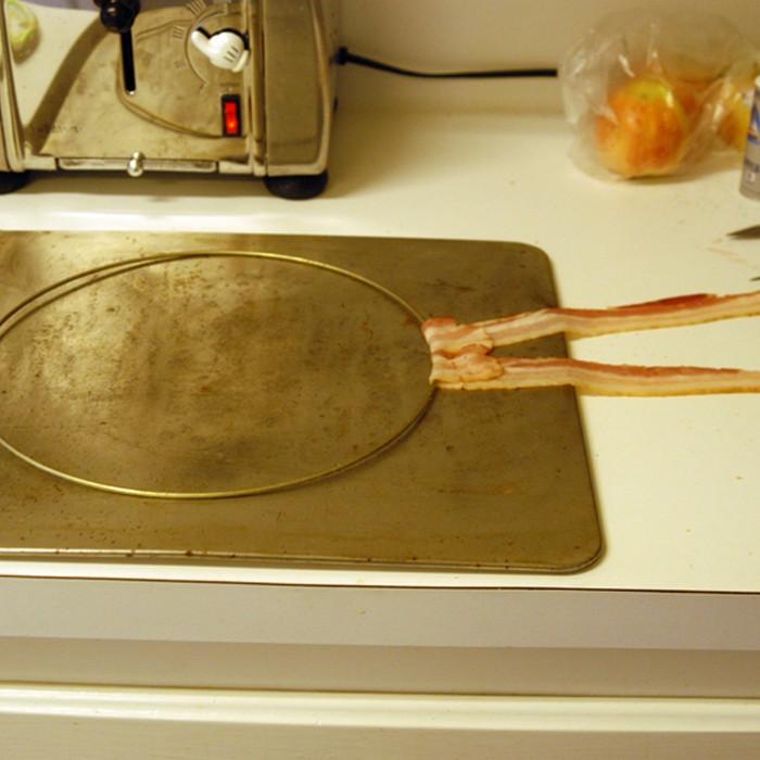 Bacon lamp (7 pics)