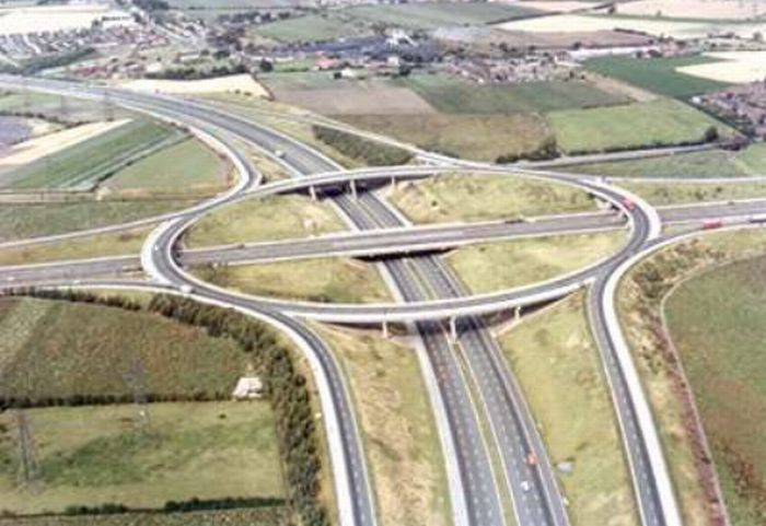 Amazing Freeway Interchanges (23 pics)