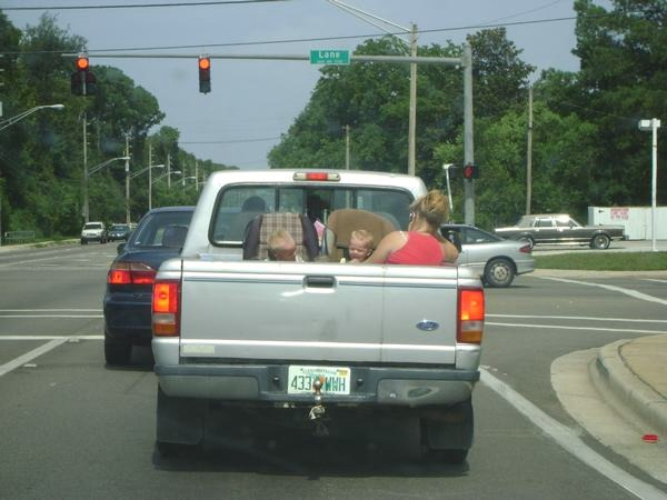 Children Riding In Cargo Area Of A Pickup Truck (6 pics)