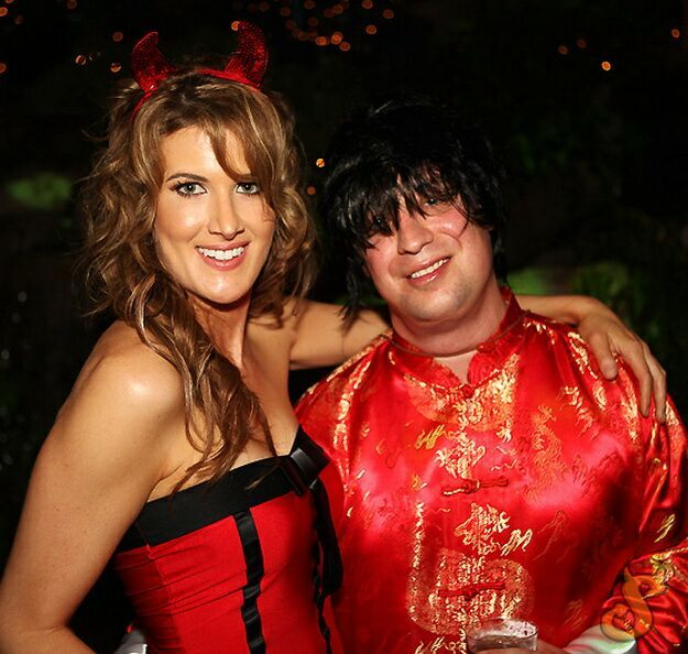 Playboy Mansion Halloween Party (62 pics)