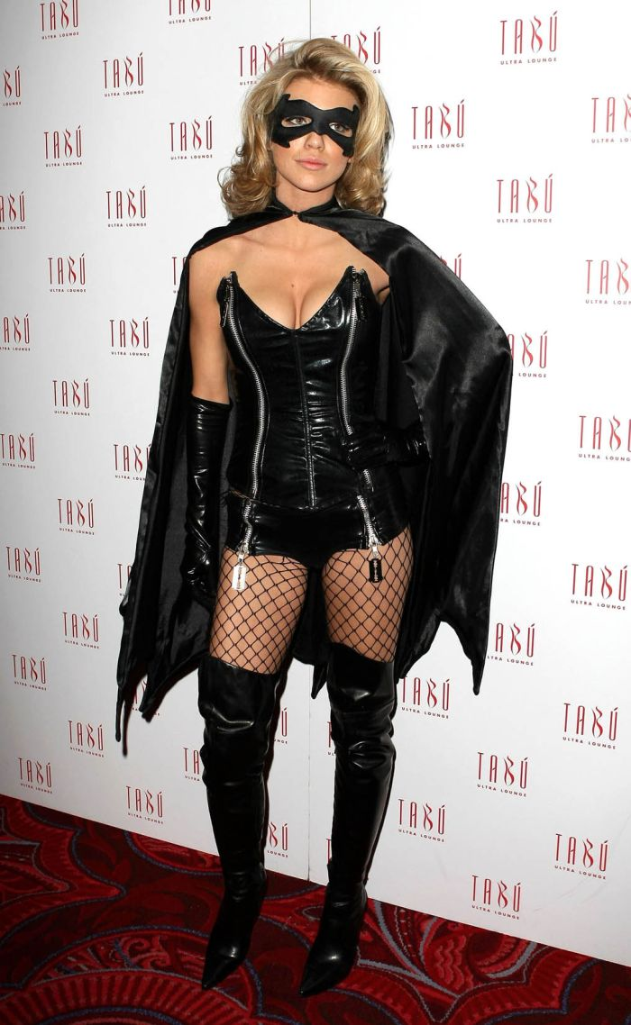 Celebrities Wearing Halloween Costumes 2009 (50 pics)