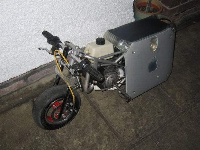 Mac-Bike (10 pics)