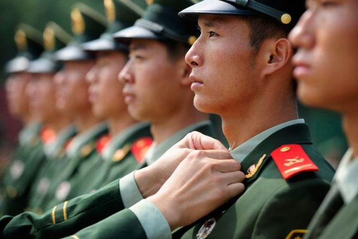 Military Training in Chinese Army (4 pics)