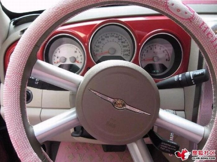 Chrysler PT Cruiser of a Hello Kitty Fan (12 pics)