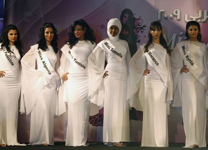 Miss Arab World 2009 (10 pics)