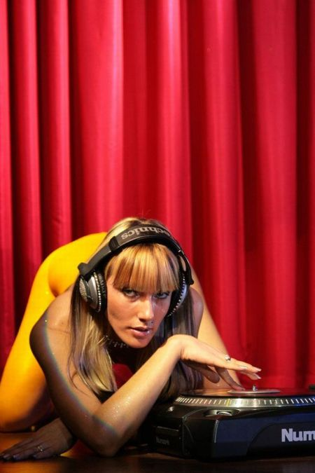 Russian DJ Girls (109 pics)