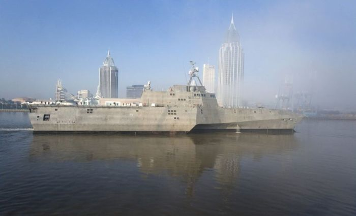 USS Independence (LCS-2) (6 pics)