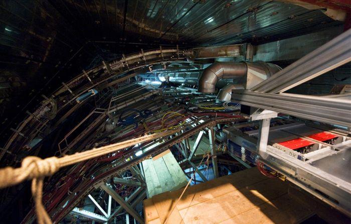 Large Hadron Collider (30 pics)