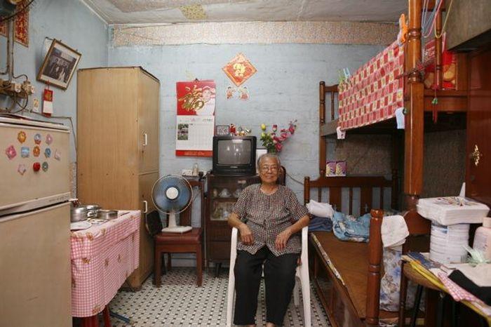 Living in Hong Kong (100 pics)