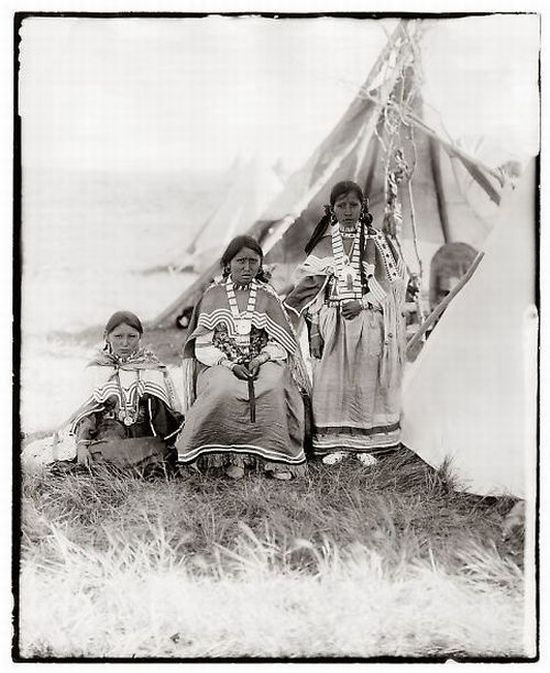 Native Americans (16 pics)