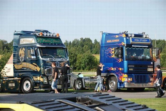 Finnish Power Truck Show 2009 (30 pics)