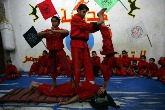 School of Martial Arts in Palestine (18 pics)