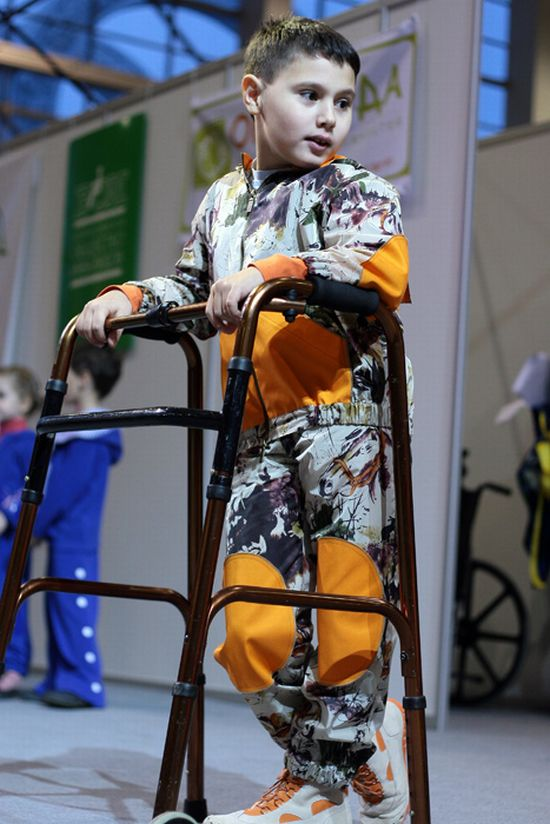 Fashion Show For Disabled People (34 Pics