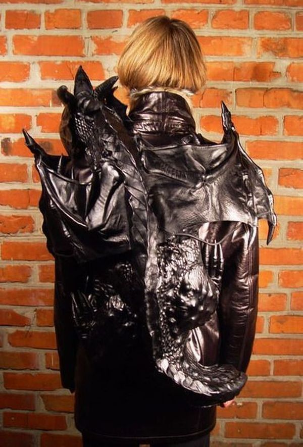 Scary Backpack (14 pics)