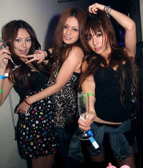 Accident On 395 >> Sexy Girls in Chinese Night Clubs (30 pics)