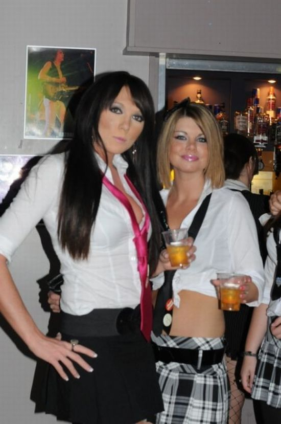 Dressed as Schoolgirls in Night Clubs (100 pics)