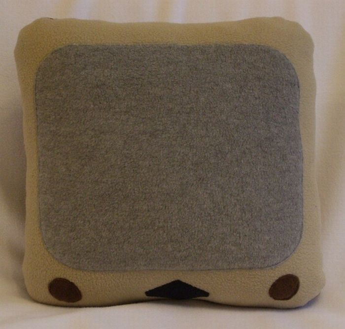 Funny Icon Pillows (19 pics)