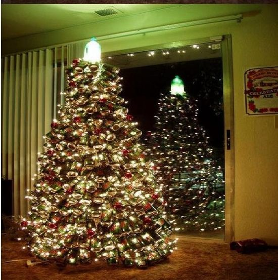 Can Tree for Christmas (9 pics)