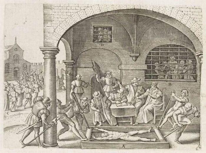 Books of Tortures (75 pics)