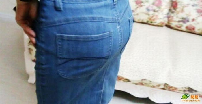How to Make Your Ass Look not so Flat (11 pics)