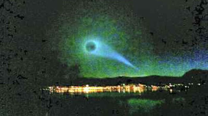 Mysterious Spiral in the Sky of Norway (34 pics + video)